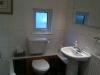 18c Web - bathroom 002